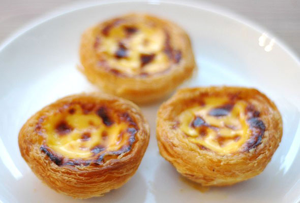Portuguese custard tarts (Photo by leitesculinaria.com)